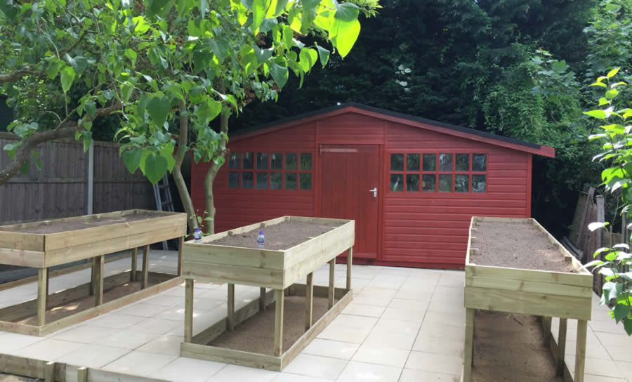 Summer House and Decking, courtesy of Home Improvements Bedford UK